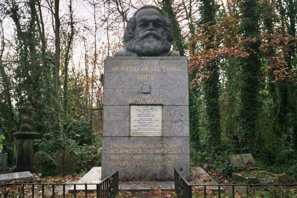Sepolcro di Karl Marx