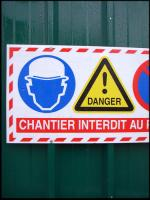 Attention Danger Travail!