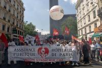 Manifestation contre la privatisation des services publics à Paris